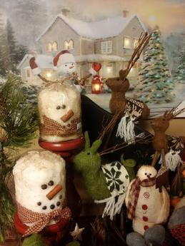 Primitive and Country snowmen